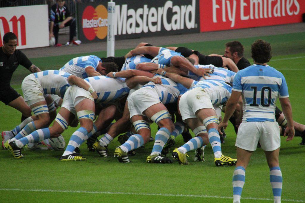ile trwa mecz rugby
